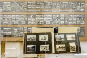 Die Ausstellung Fremde im Visier - Fotoalben aus dem Zweiten Weltkrieg im Volkskundemuseum Wien © Kollektiv Fischka / Kramar