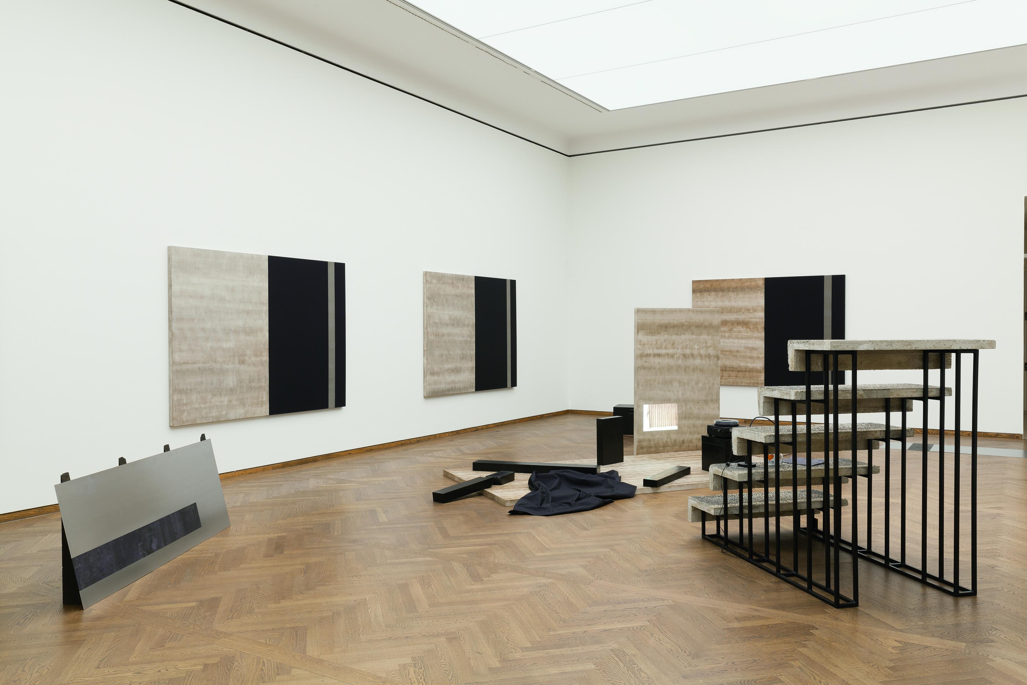 Mathias Pöschl Ausstellungsansicht Poetiken des Materials Leopold Museum Wien Foto Lisa Rastl