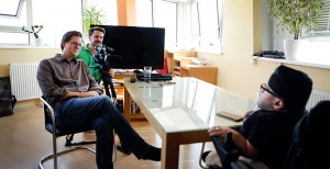 Martin Habacher Im Gespräch mit Regisseur Stefan Wolner und Kameramann Viktor Schaider. Credits:mabacherfilm.com